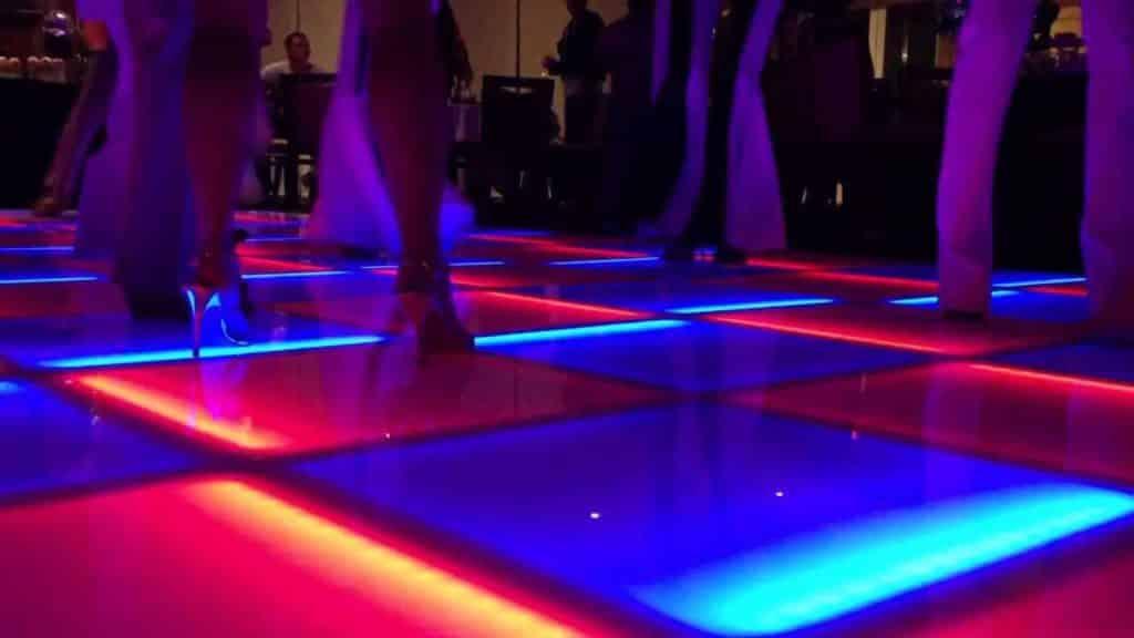 Verlichte dansvloer – Prijzen, aantal vierkante meters en soorten