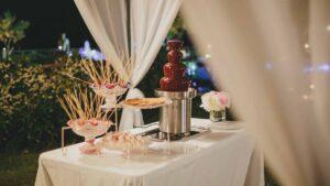 Wedding chocolate fountain fondue 1
